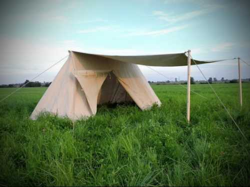 Anglo-Saxon tent. Big with side entrance & awning.